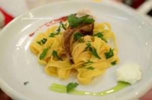 lamb chop with pasta