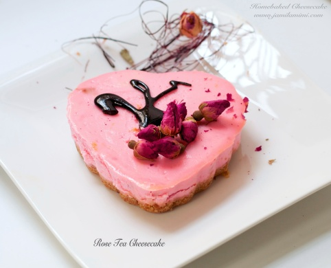 the burnt sugar serves a nice topping and decor with dried rose